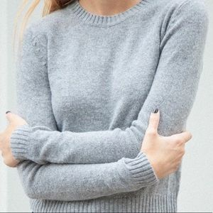 Brandy Melville gray gracie sweater